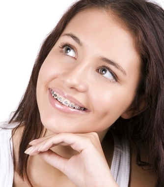 3 tips for cleaning teeth while wearing braces